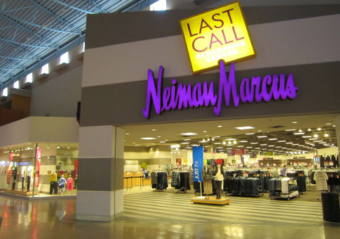 Visit your favorite Neiman Marcus store's page for phone numbers, driving directions, hours, restaurant information, services and events.