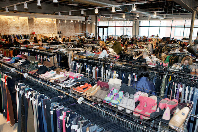 Sell clothes to thrift store