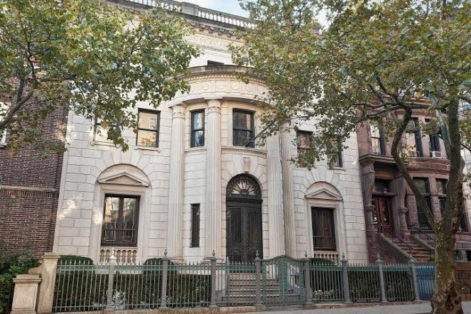 The $9.5 Million Dollar Mansion That No One Knows Who Bought