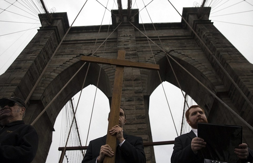 Christians Honor Good Friday With Brooklyn Bridge Cross Walk