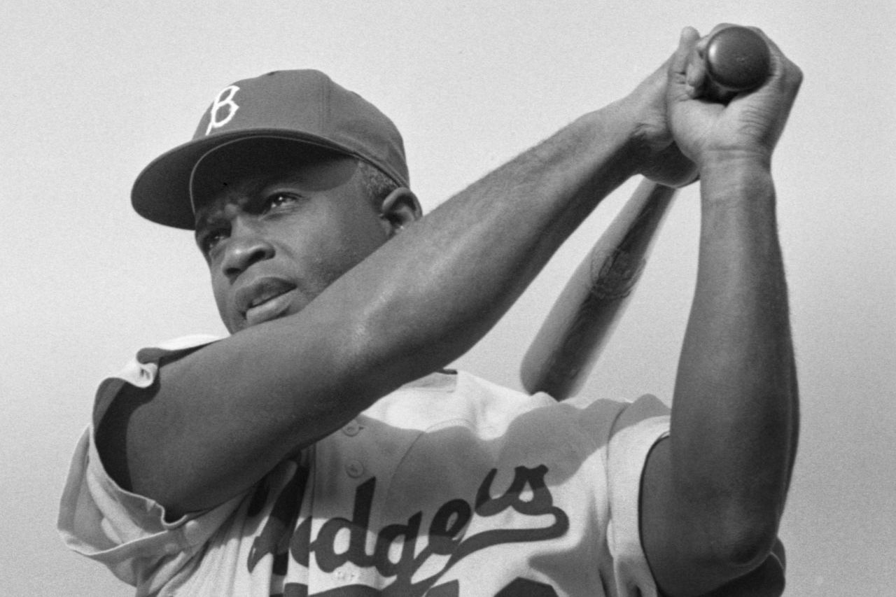 Jackie Robinson breaks major league color barrier