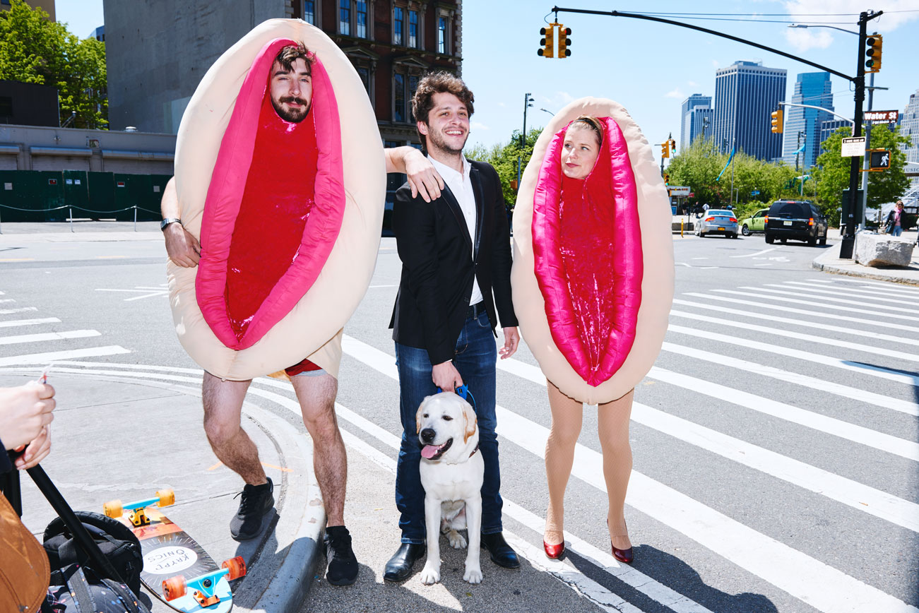 Brooklyn Couple Travels The City Wearing Vagina Costumes To Raise Money For Women's Reproductive Health