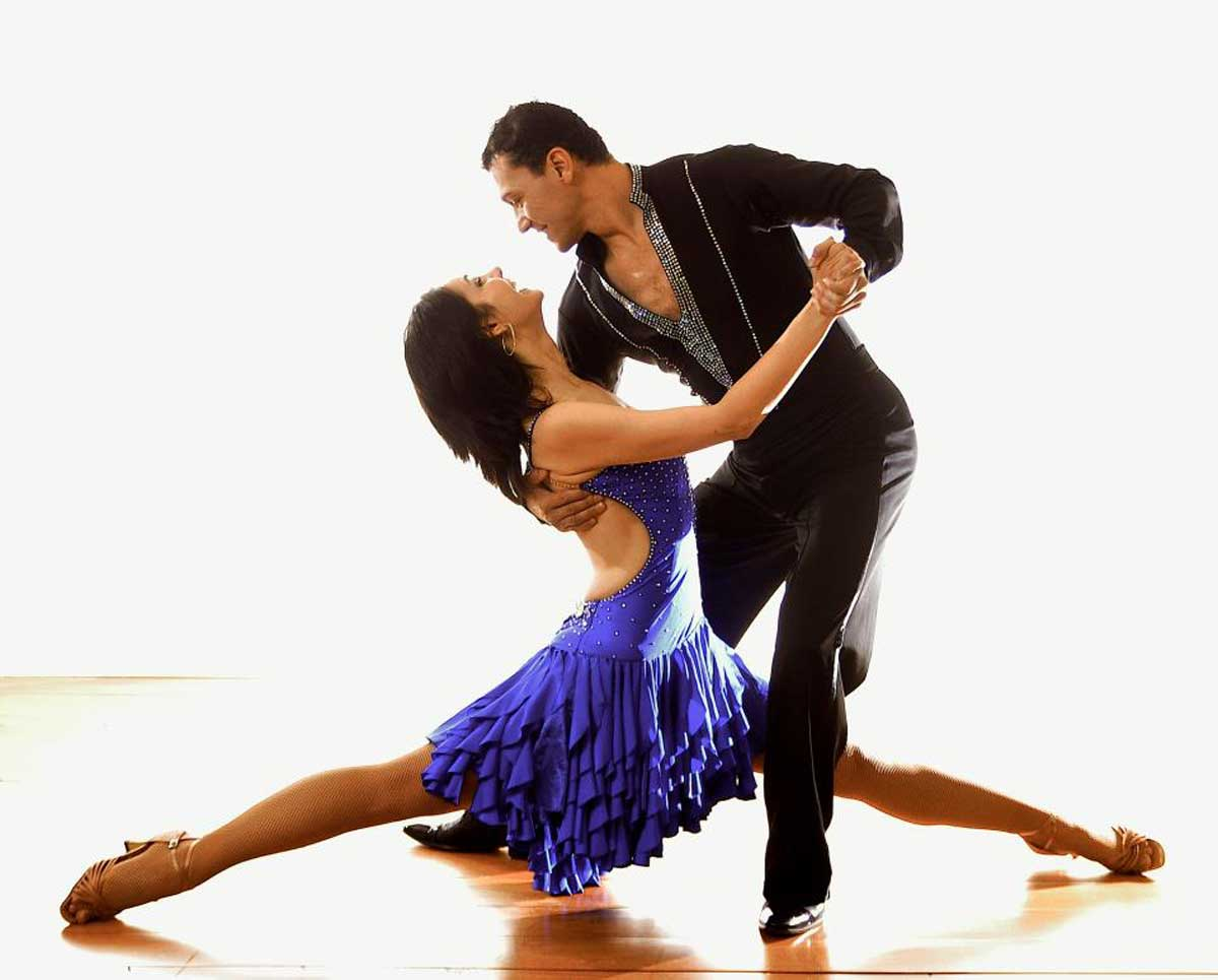 Learn Salsa Tonight At Nieves Dance Studio In Williamsburg