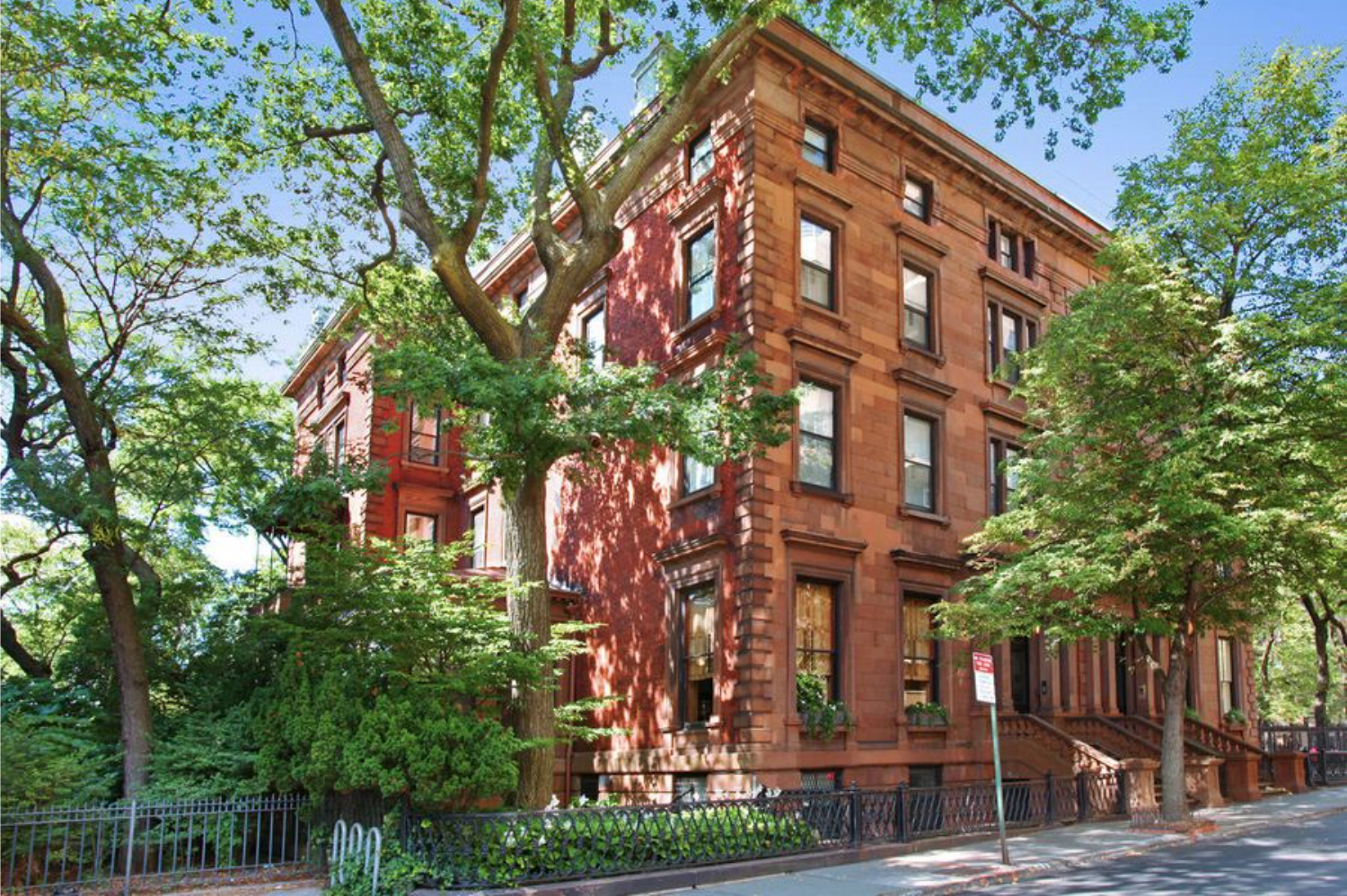 Matt Damon Has His Eyes Set On The Most Expensive Home In Brooklyn
