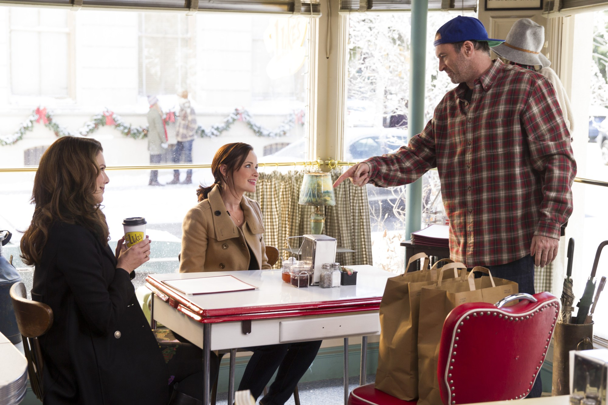 3 Brooklyn Cafes Will Turn Into Luke's Diner In Honor Of Gilmore Girls Revival