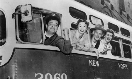 'The Honeymooners' 10th Annual NYE Marathon Is The Perfect Celebration For The Introvert